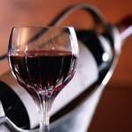 Красное вино сохраняет зубы