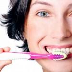 Как правильно чистить зубы взрослым?